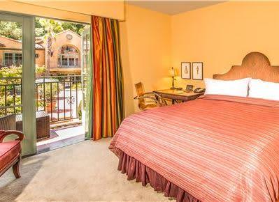 Deluxe King Guestroom at Hotel Los Gatos - A Greystone Hotel