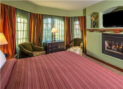 One Bedroom Suite at Hotel Los Gatos - A Greystone Hotel, California