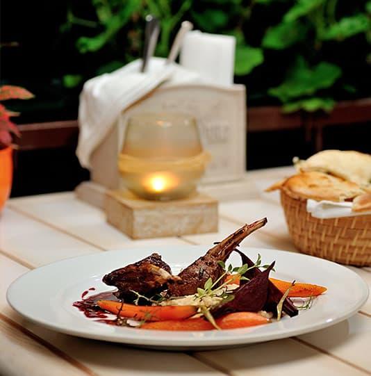 Dio Deka Offering 4-Star, Fine Hellenic Cuisine at Los Gatos Hotel