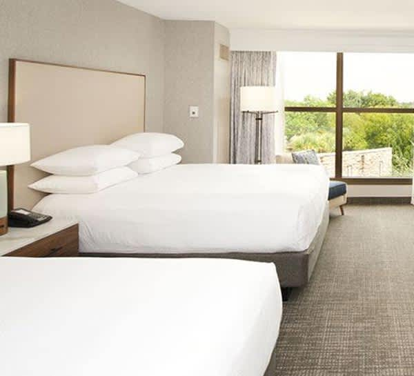 Classic Accessible Double Room of Horseshoe Bay Resort