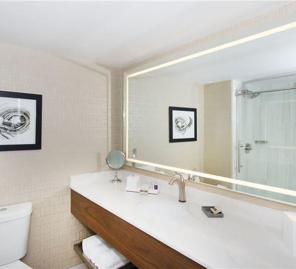 Classic Rooms of Horseshoe Bay Resort