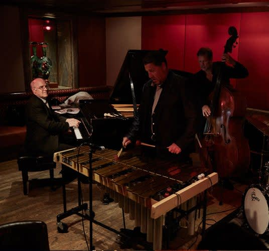 Sunday Jazz Brunch in The Kitano New York Hotel