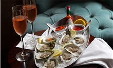 Daily Selection of Fresh Shucked Oysters Lambertville Station Restaurant and Inn