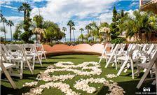 La Valencia Hotel - Sunny Wedding