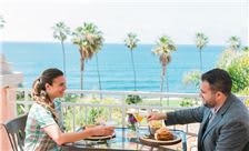 La Valencia Hotel - Terrace Dining