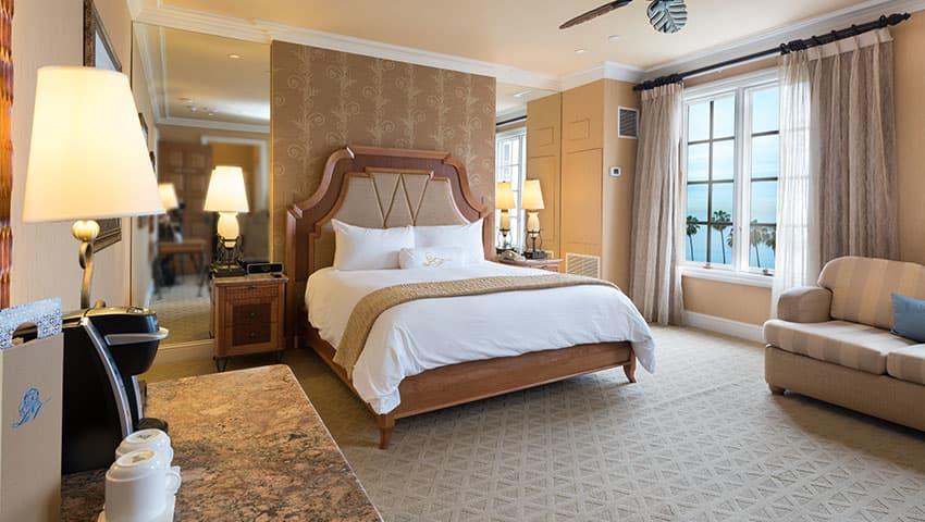 classic-king-ocean-of-la-valencia-hotel-la-jolla