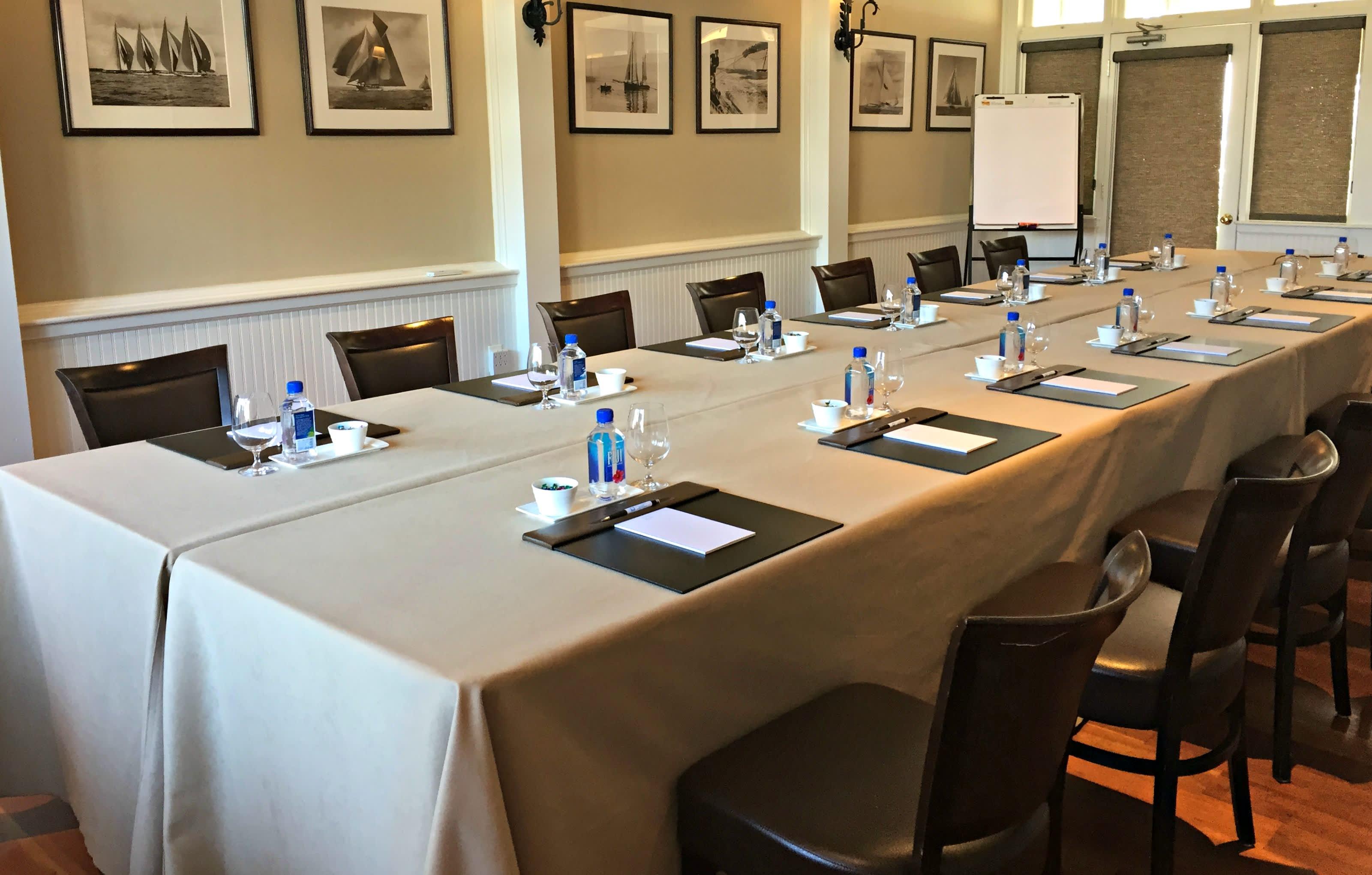 BSunroom Meeting Setup 2