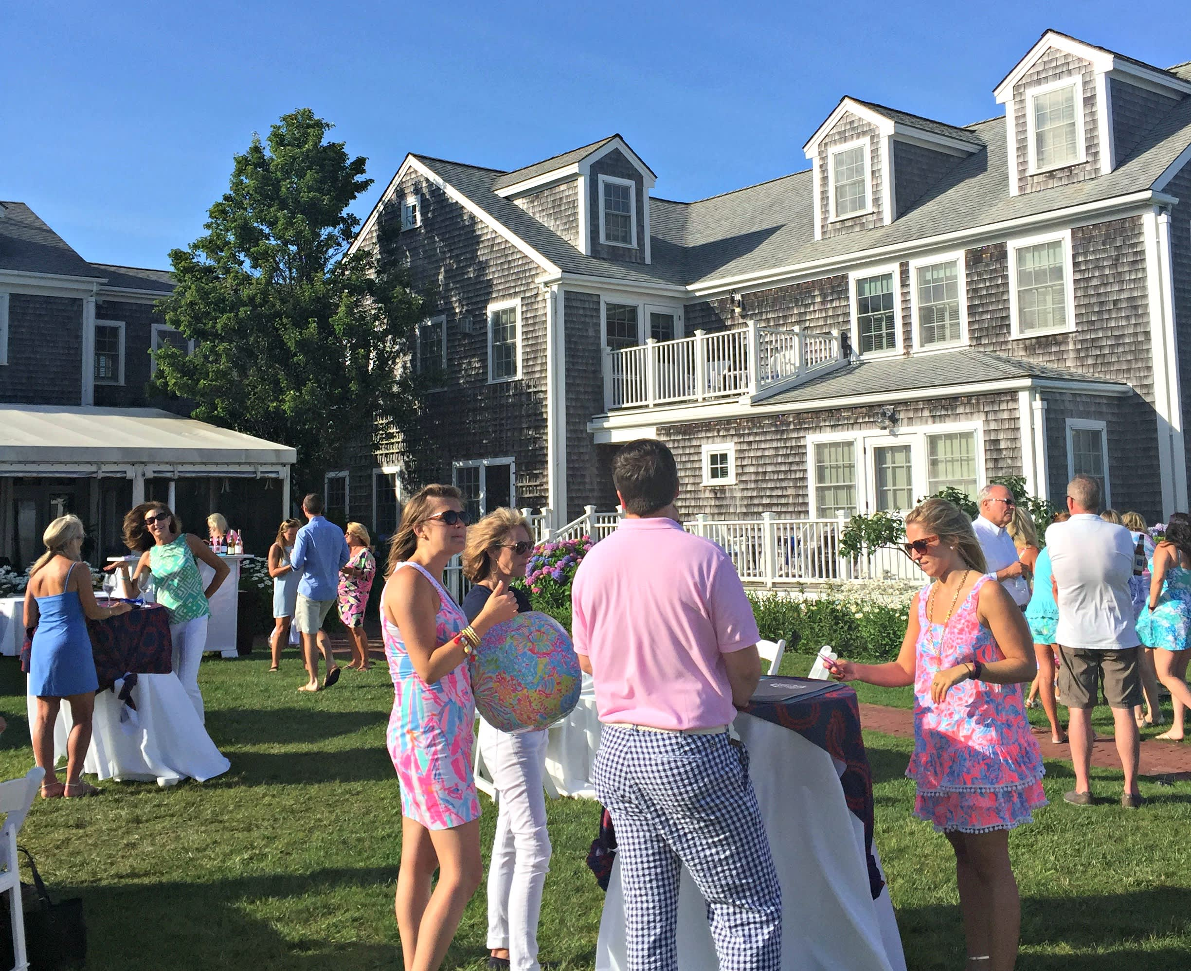 lilly party lawn