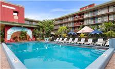 Ramada Hollywood Downtown - Pool