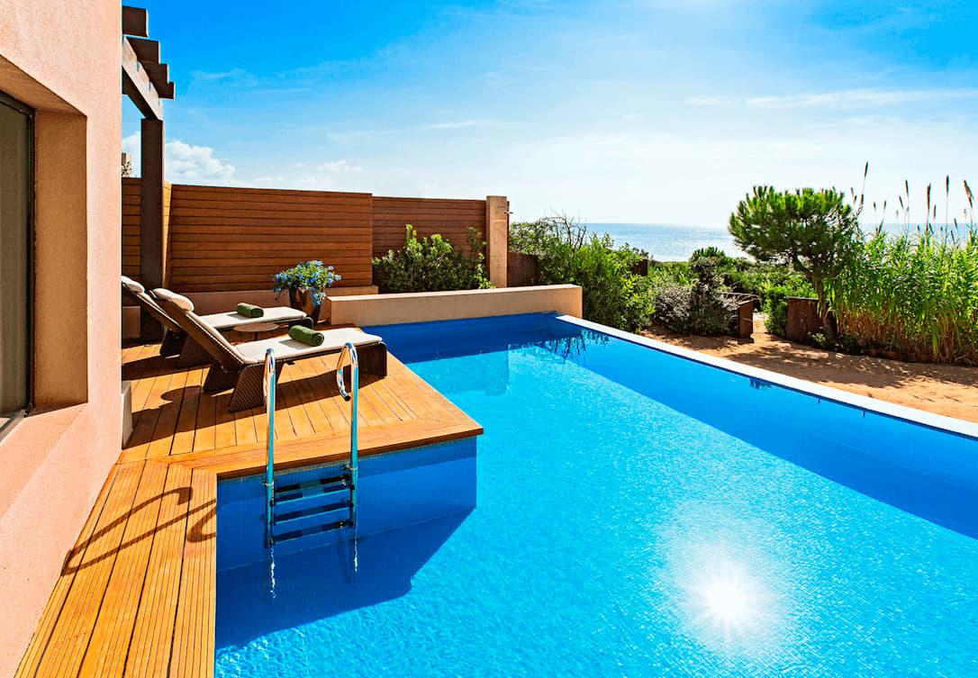 Ionian Exclusive Grand Infinity Beachfront Sea Suites