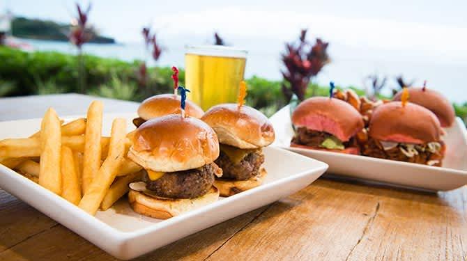 Royal Ocean Terrace Restaurant & Lounge at Resort Maui