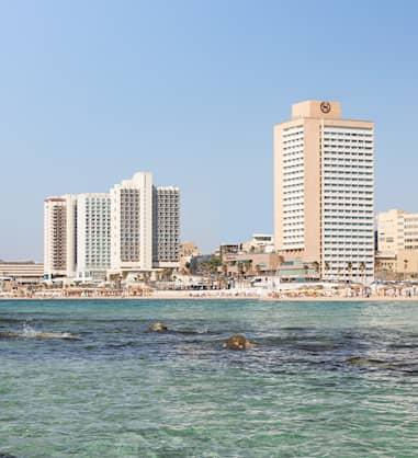 חוויה מול חוף הים בלב תל אביב