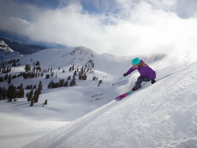 Tahoe Super Pass On Sale: Shred the Gnar and Save Big!