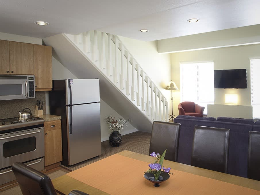 Premium Studio with Loft in Squaw Valley Lodge, Olympic Valley