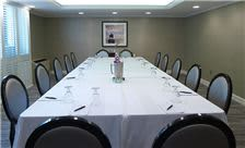 State Plaza Hotel - Meeting Room
