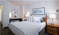 State Plaza Hotel - Room