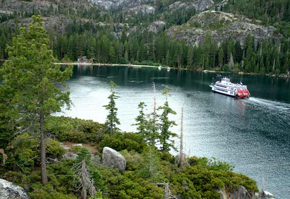 Lake Coeur d' Alene Cruises