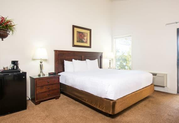Standard Estates Complex Rooms at Tan-Tar-A Resort, Osage Beach