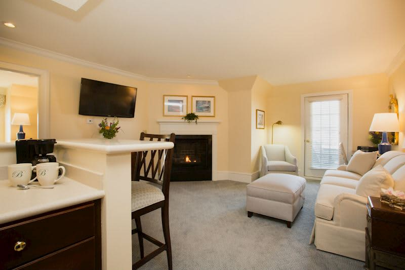The Bellmoor Inn and Spa Hotel, Delaware Newbold and Roanoke Suites
