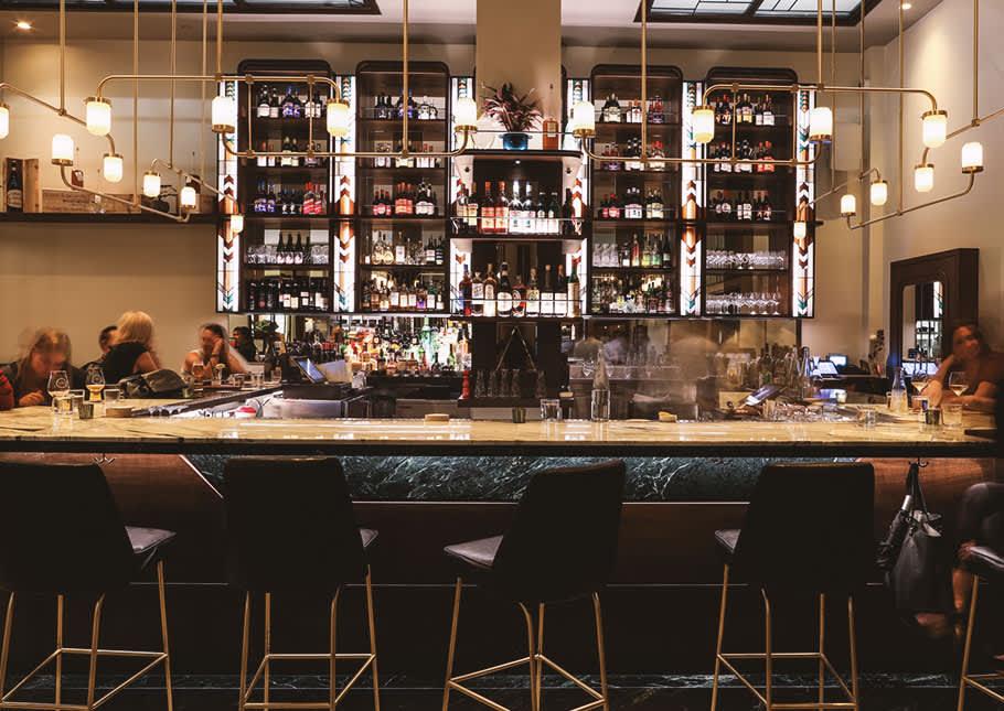 Fine Wines & Cocktails in Leonelli Taberna Restaurant