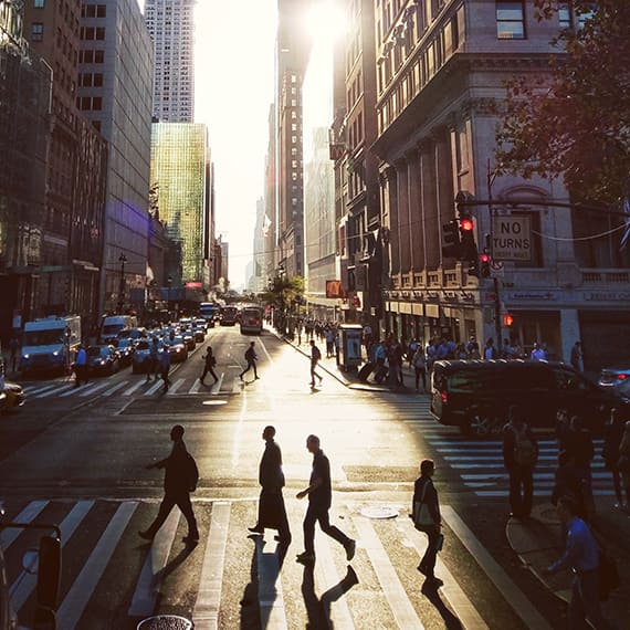 New York Hotel offers Walking Tours