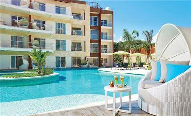 Villa Essence pool