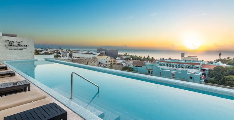 Five Downtown Hotel, Mexico offers Infinity Pool