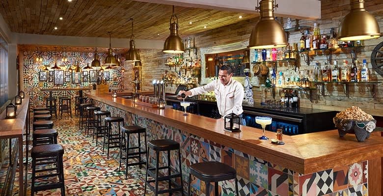 Bars at Quintana Roo