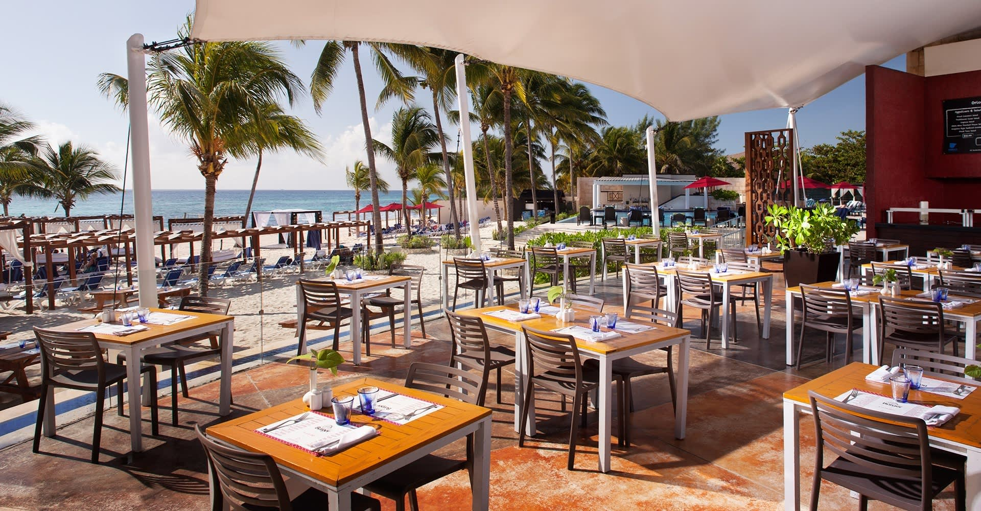 Dining Facilities in Mexico Hotels