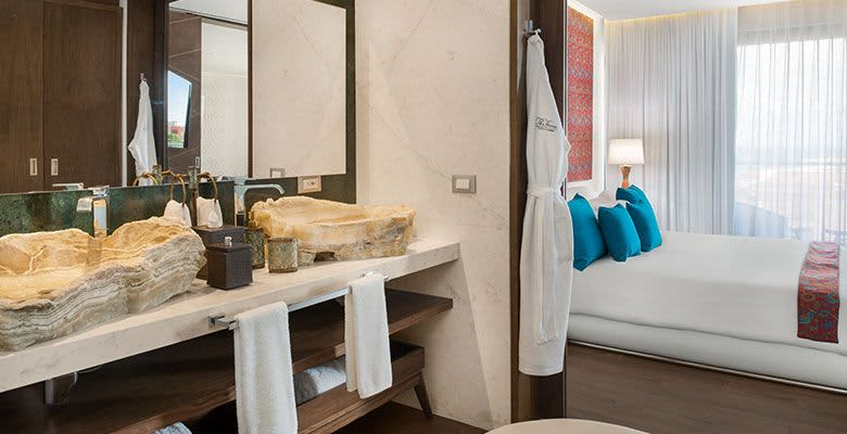 2 Bedroom Suite at The Five Downtown, Playa del Carmen