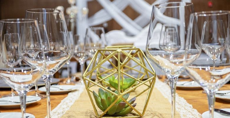 The Five Downtown Hotel & Residences Weddings Services