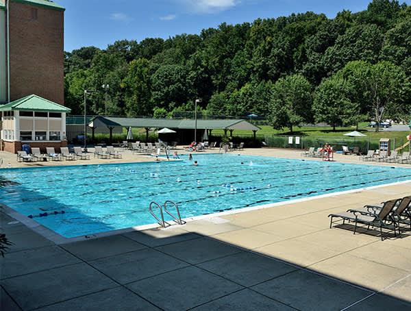 Turf Valley Resort, Ellicott City Pool