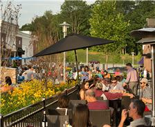 Ellicott City Attractions - Turf Valley Town Square