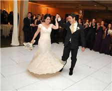 turf-valley-resort-first-dance-in-grand-ballroom-1