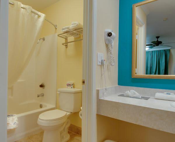 Vagabond Inn - Buttonwillow I-5 Non-Smoking Premium King Suite