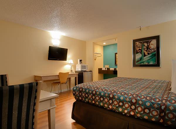 Vagabond Inn - Bakersfield (North) Rooms