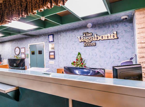 Vagabond Inn - Costa Mesa Specials