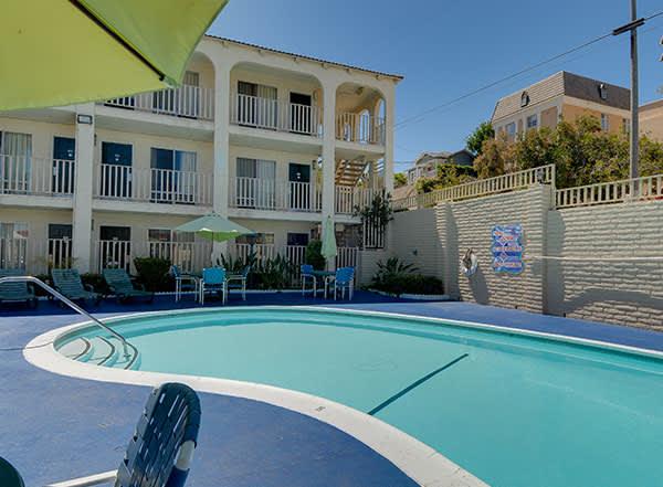 Vagabond Inn - San Pedro Amenities