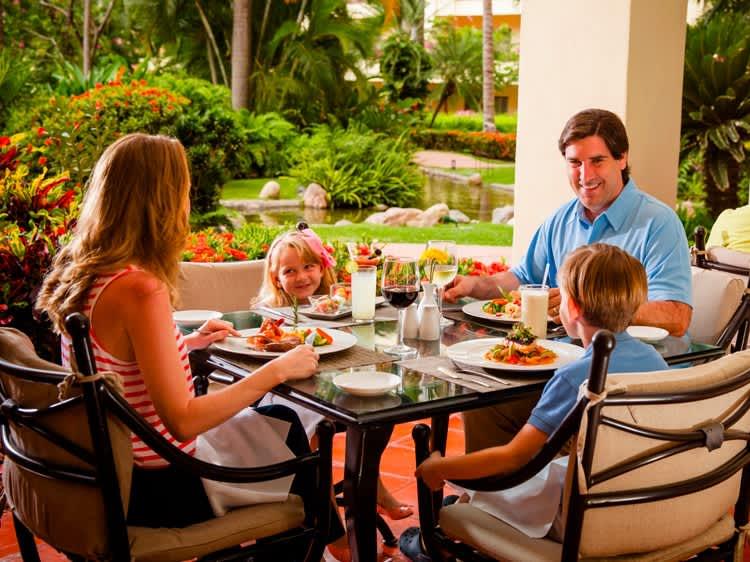 Velas Vallarta Hotel, Puerto Vallarta Andrea Restaurant