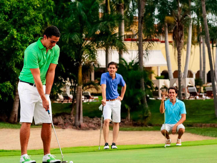Four Adults Master Foursome Offers Golf Package