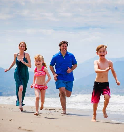 Puerto Vallarta Hotel offers Family Vacation Packages