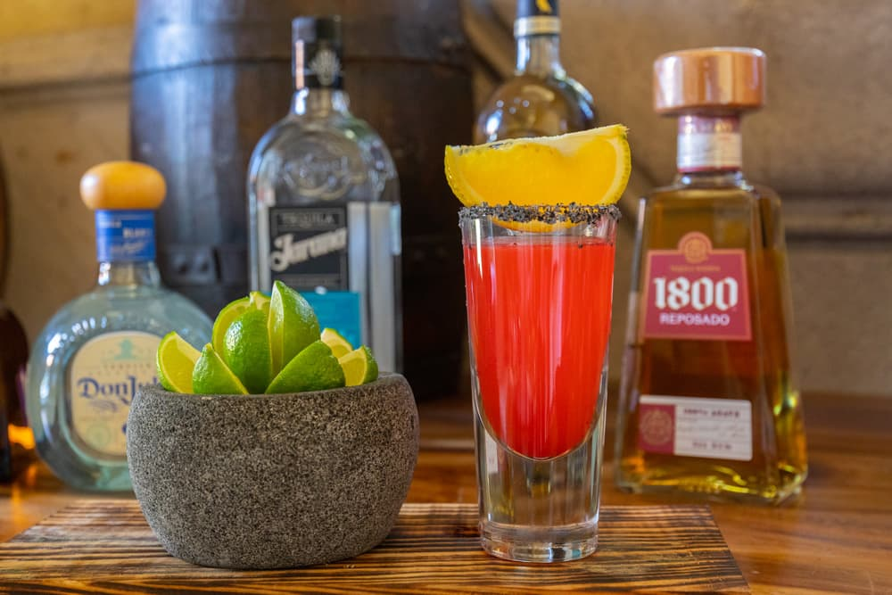 Mexican Spirits Happy Hour: a traditional experience