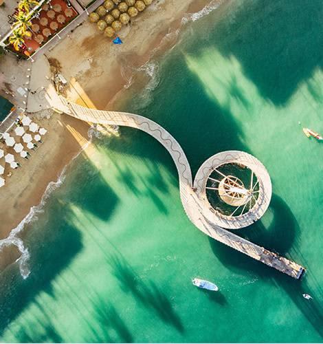 Playa Los Muertos en México