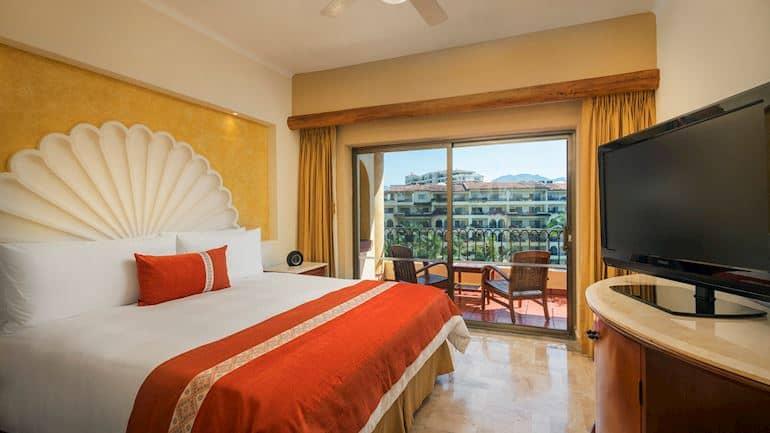 Hotel Velas Vallarta, Suite familiar de tres recámaras en Puerto Vallarta