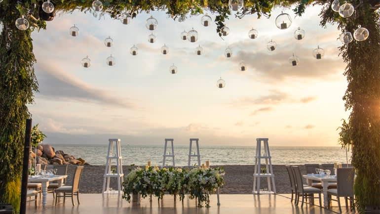 Decoración para bodas en Puerto Vallarta, Hotel Velas Vallarta