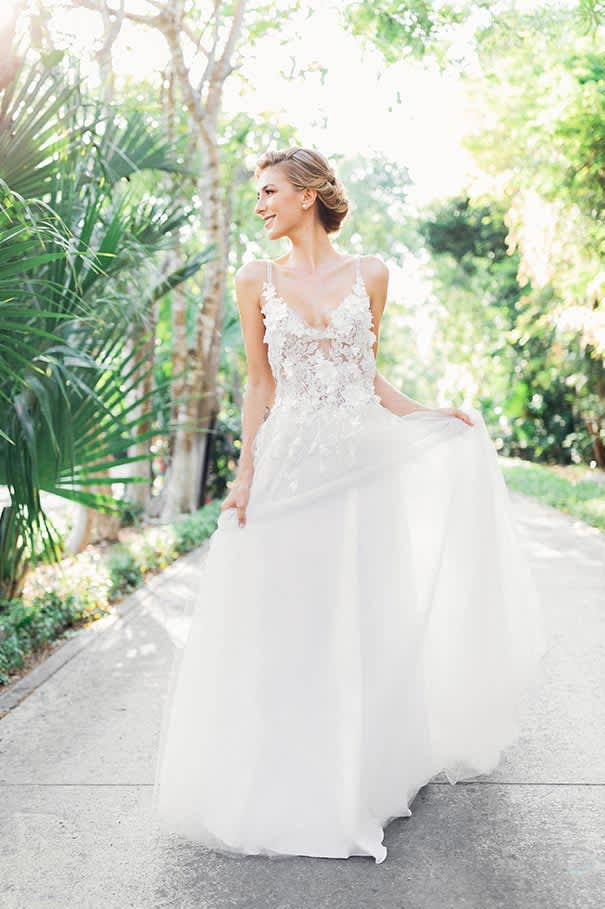 Weddings Dress of Grand Velas Riviera Maya