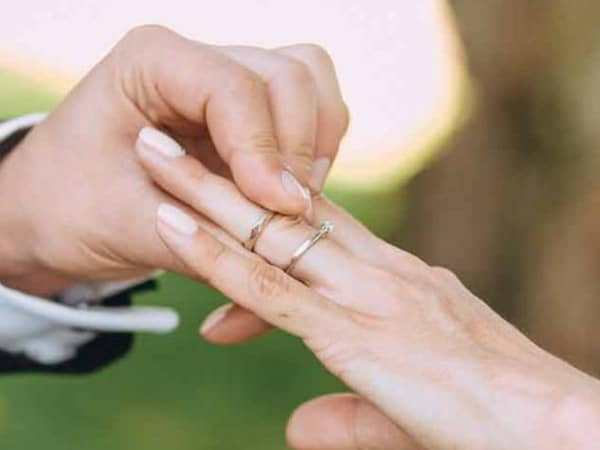3 Tips for Writing Spectacular Wedding Vows