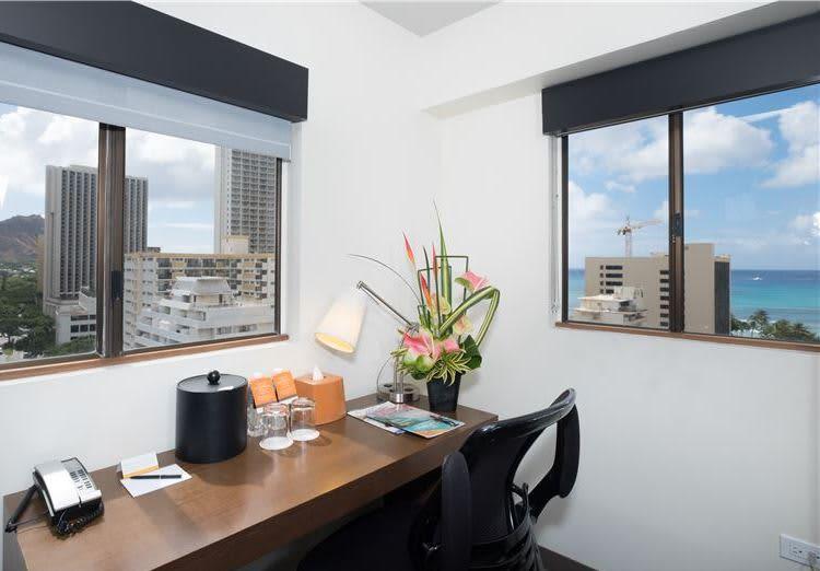 Lifestyle Junior Suite Ocean View ADA by Vive Hotel Waikiki Honolulu