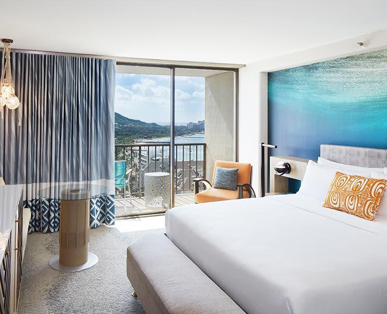 Room of Waikiki Beachcomber by Outrigger, Honolulu