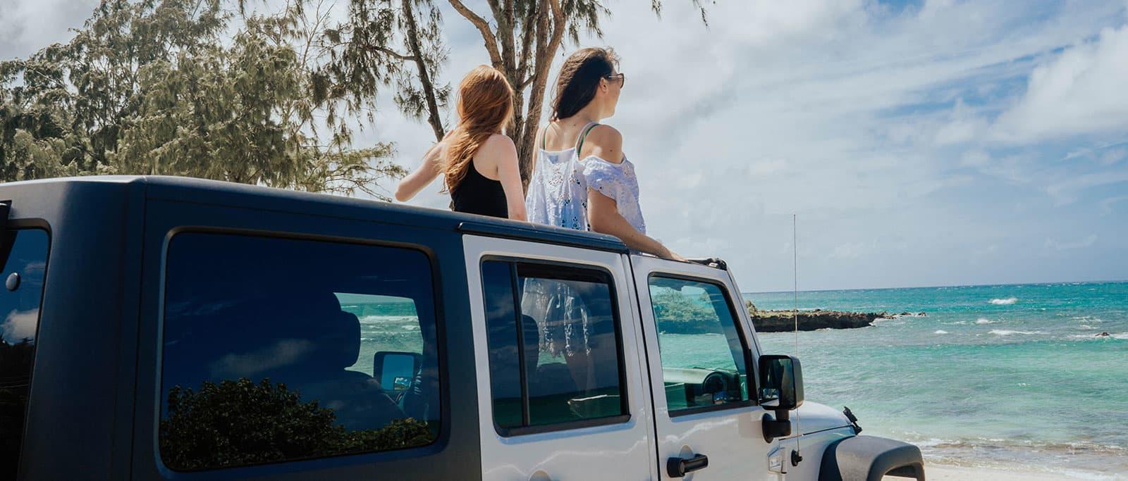 Waikiki Beachcomber by Outrigger, Honolulu Island Explorer